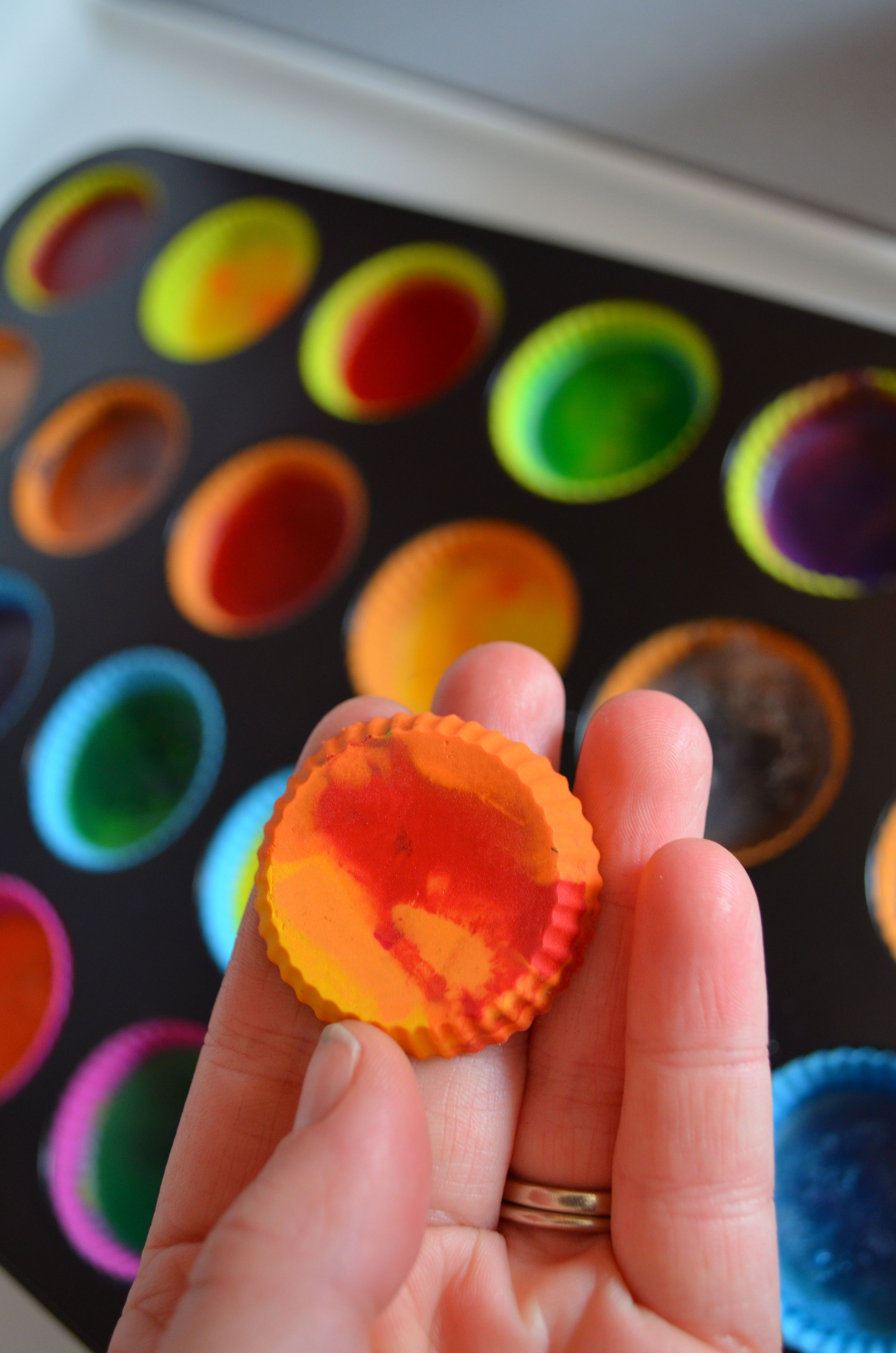 how-Tuesday – recycled crayons for Earth Day {and every day}