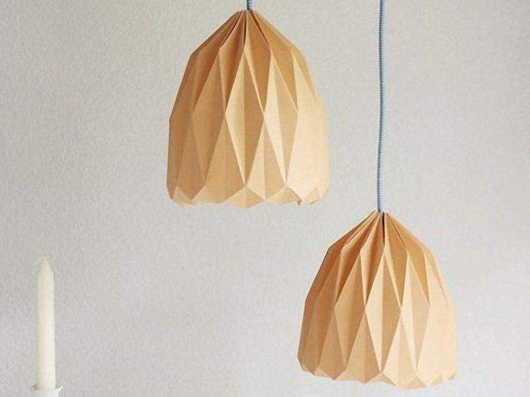 diy anleitung origami lampenschirm zum aufh ngen falten via basteln pinterest. Black Bedroom Furniture Sets. Home Design Ideas
