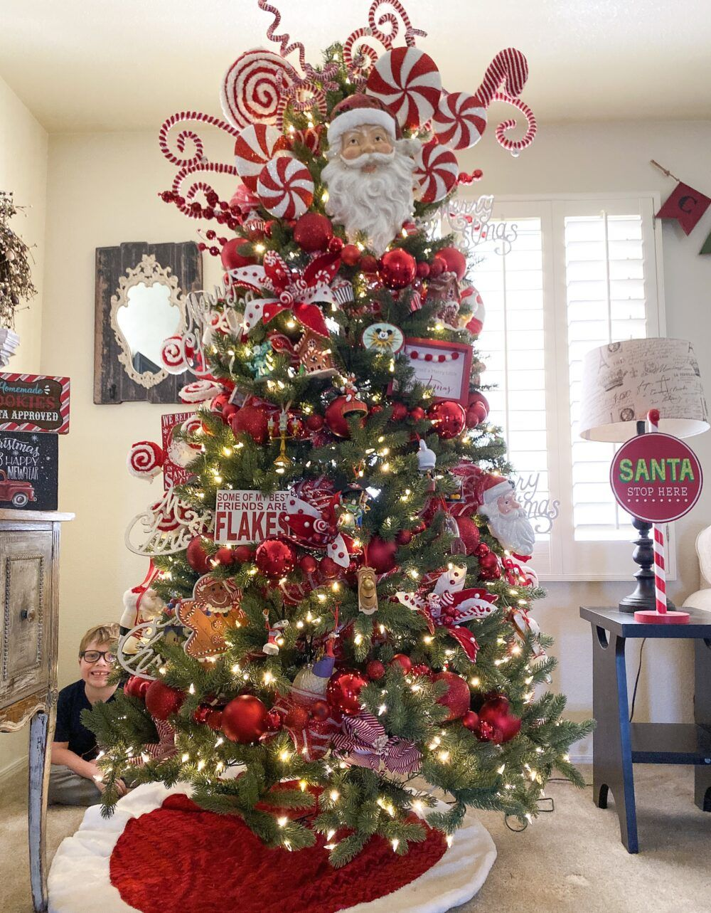 How To Decorate A Candy Christmas Tree in 2020 (With