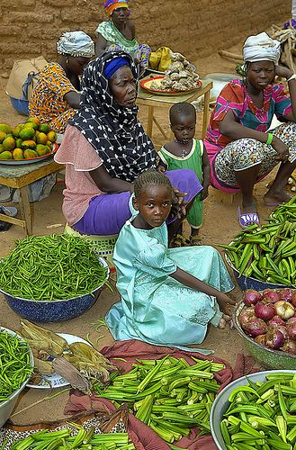 Cercetare Femeie africana Burkina Faso)