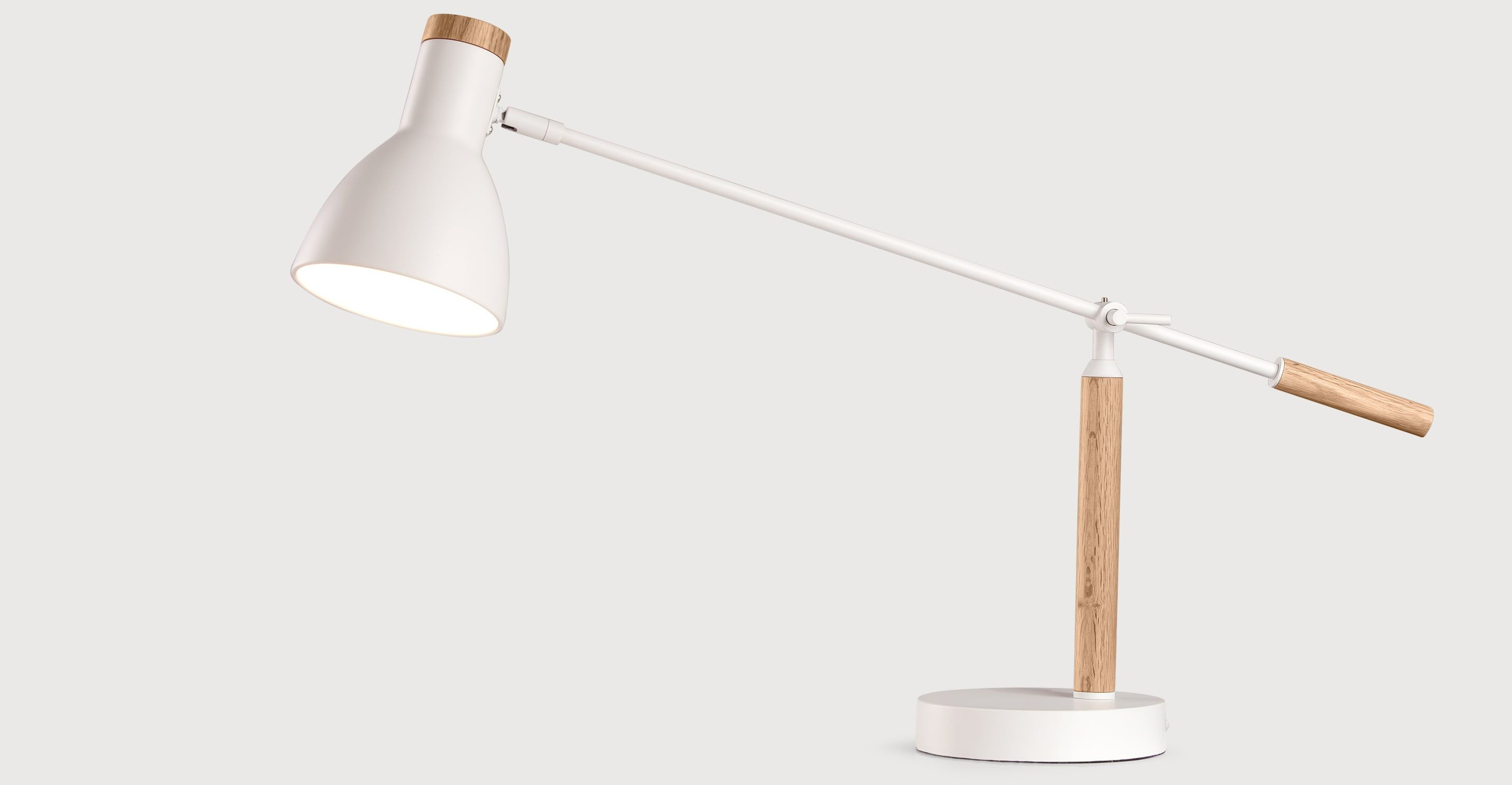 Cohen tafellamp, wit en naturel eikenhout | White table lamp