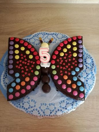 Schoko-Kuchen als Schmetterling – food