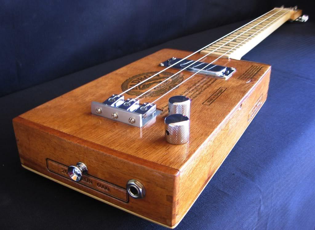 3 string cigar box guitar plans pesquisa google cigar box guitar cigar box guitar plans. Black Bedroom Furniture Sets. Home Design Ideas