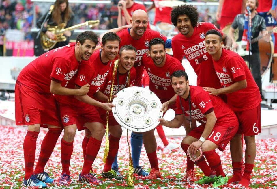FC Bayern München : Deutscher Meister 2015 #MiaSanMeister