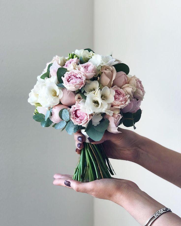 """Blumen ∘ Blumensträuße ∘ Moskau auf Instagram: """"Zartes Licht #flowerbouquetwedding"""