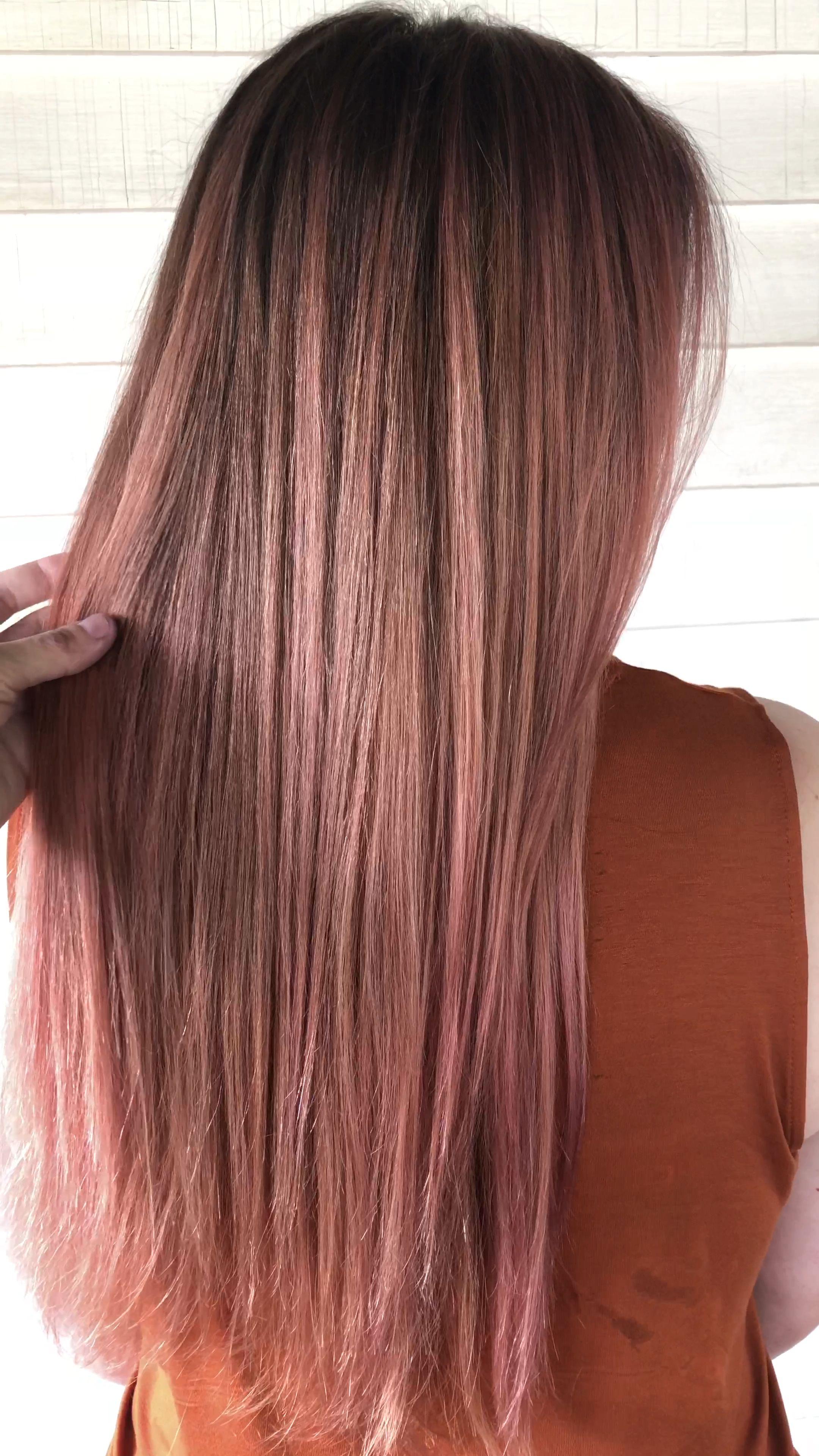 Photo of Rosa oro balayage suave cabello rosa pastel