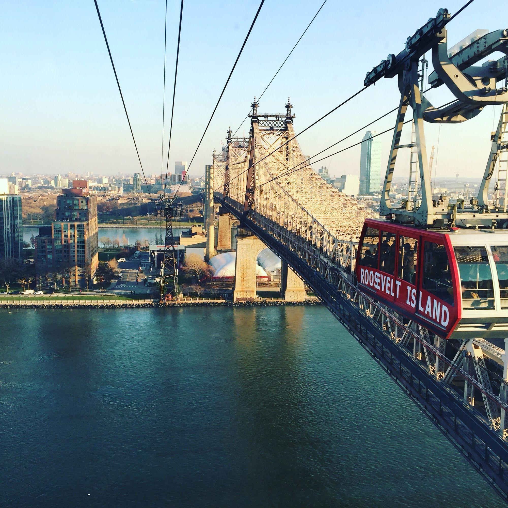 Roosevelt island tram and the Queens bridge. Ny,Ny