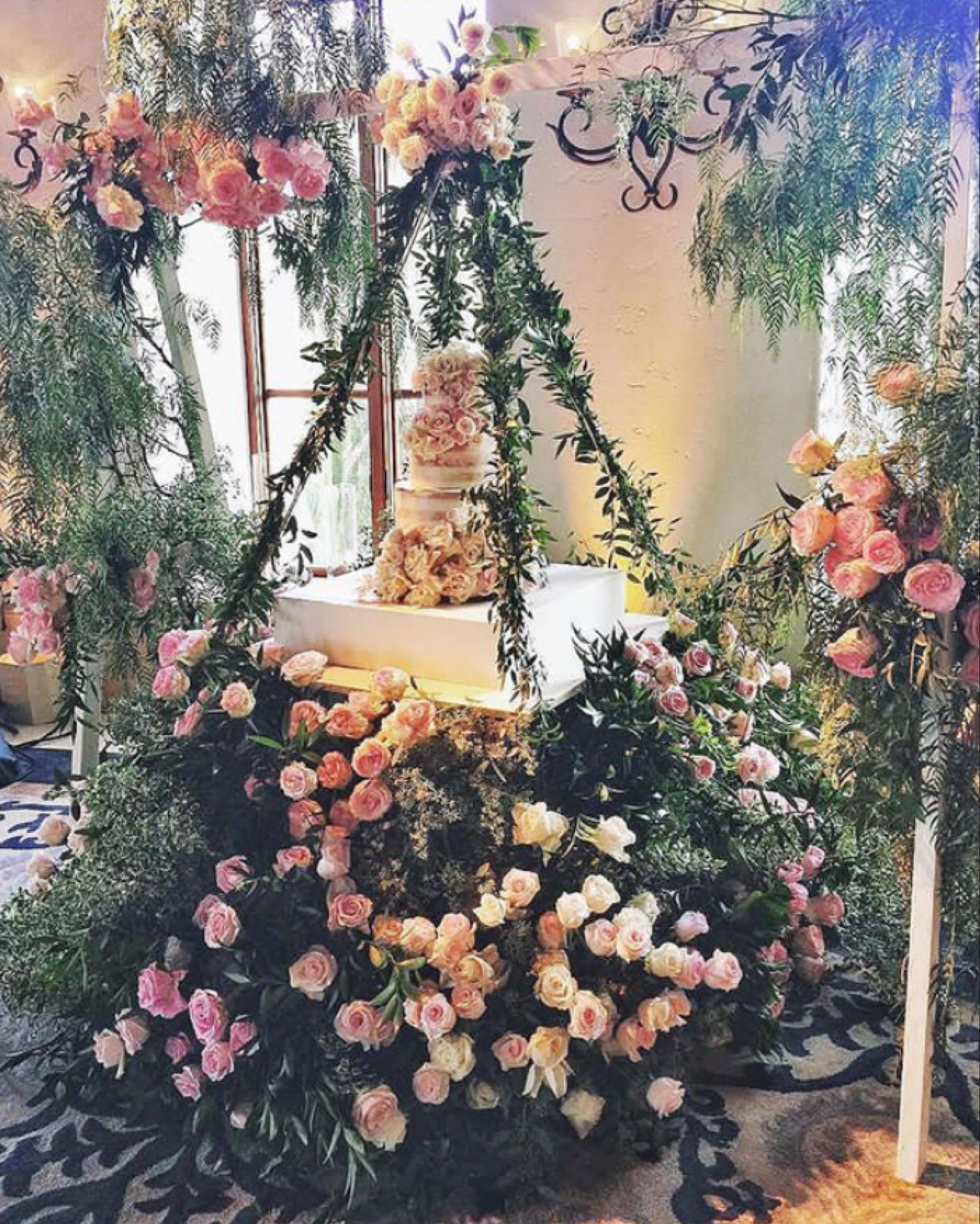 WedLuxe Media: Can We All Agree This Wedding Cake On A Floral Swing Is The  Definition Of