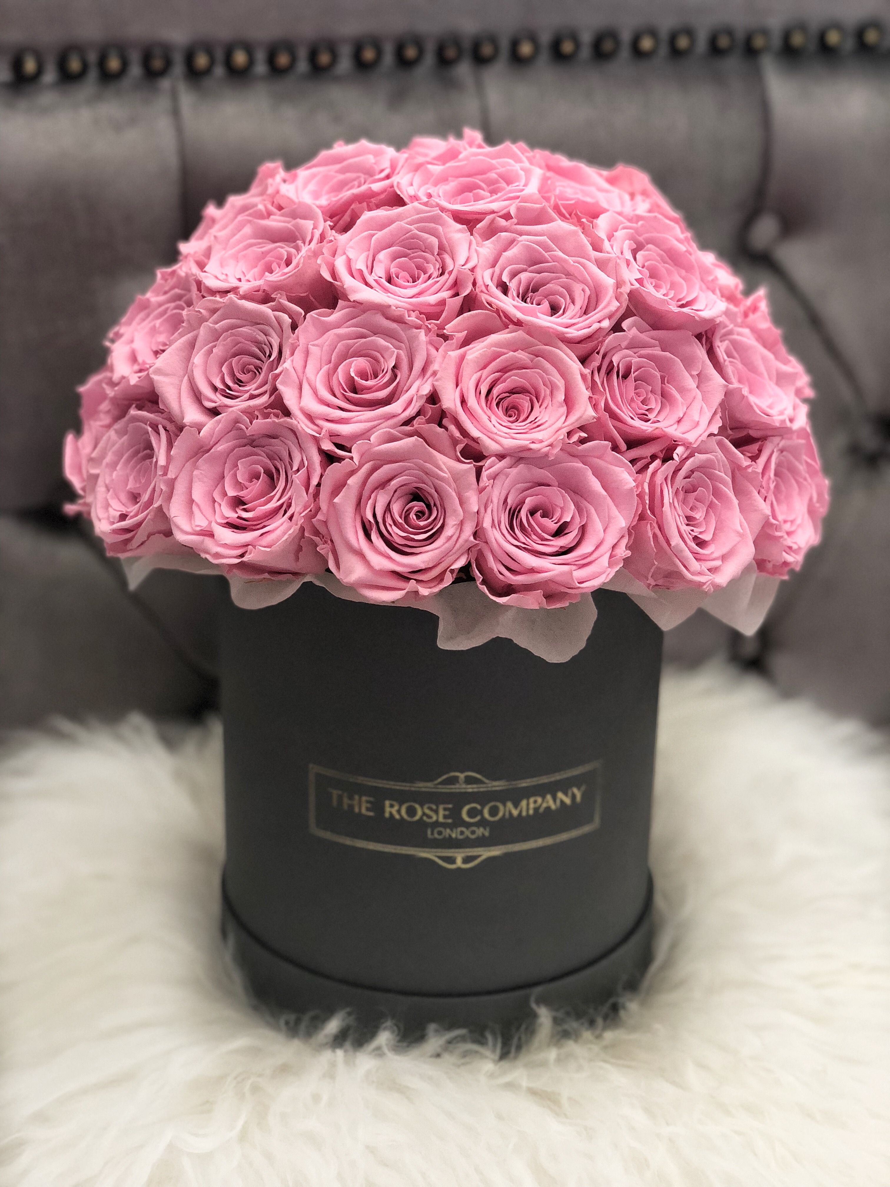 Rose Box From The Rose Company London Beautiful Rose Flowers Luxury Flowers Beautiful Flower Arrangements