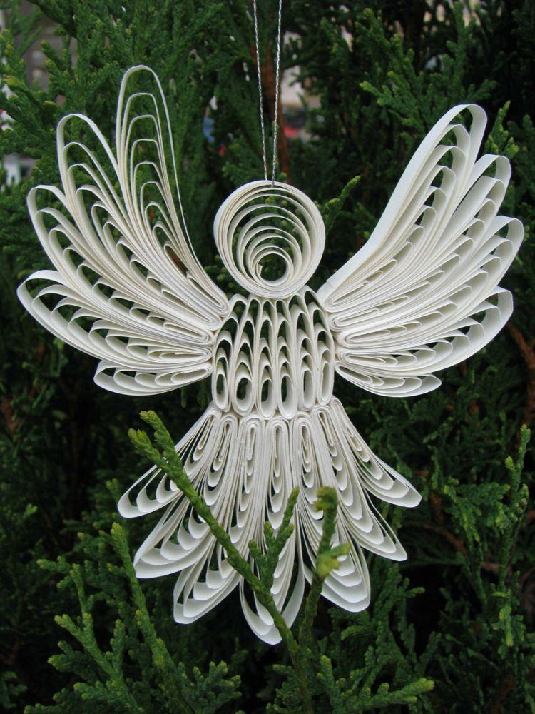 Basteln mit papierstreifen quilling engel wei baumschmuck - Tannenbaumschmuck basteln mit kindern ...