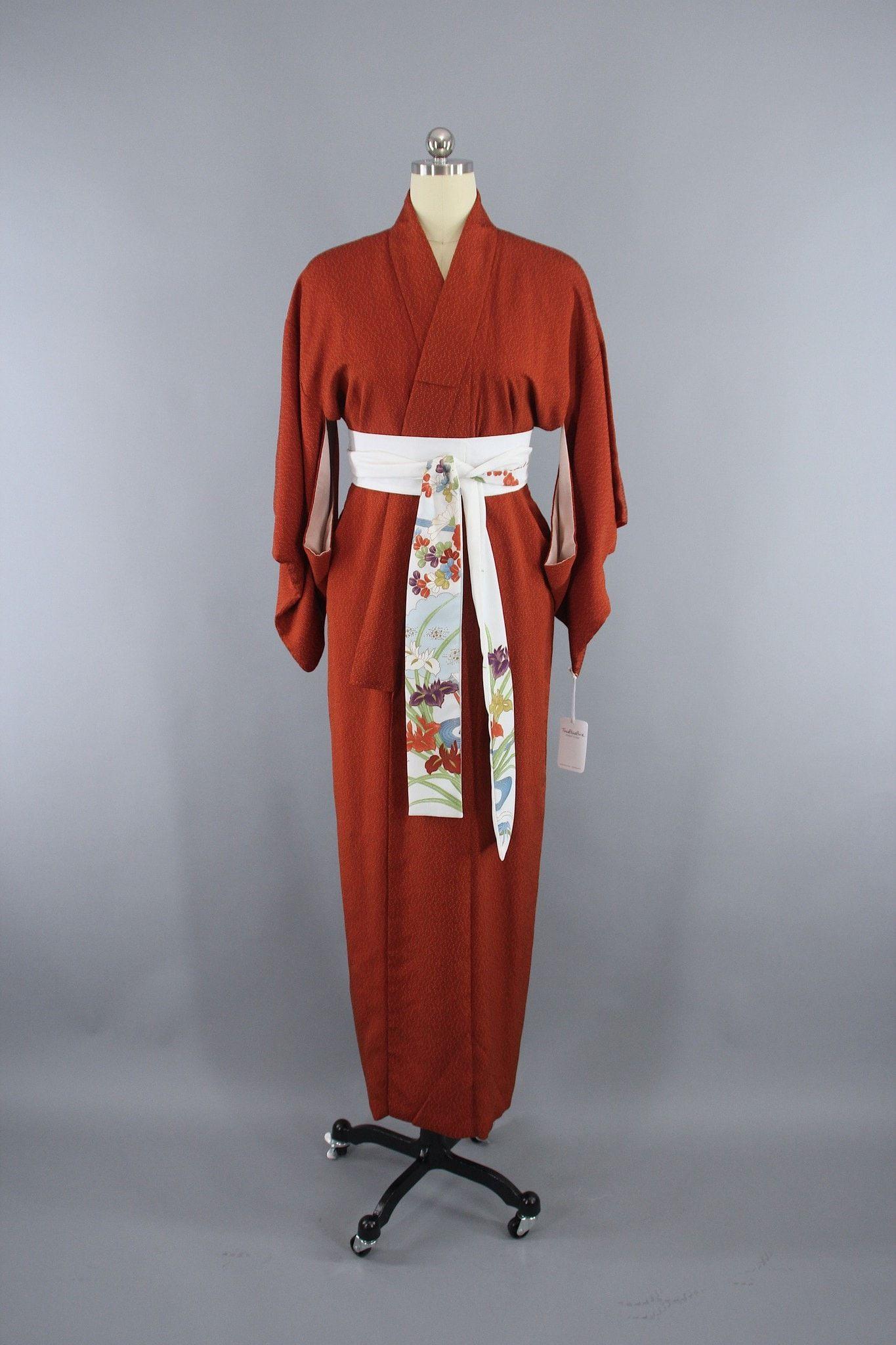1950s Vintage Silk Kimono Robe In Dark Rust Orange And Black Tiny Dots