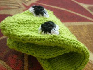 frog bath mitt to knit. From Brileyknits.