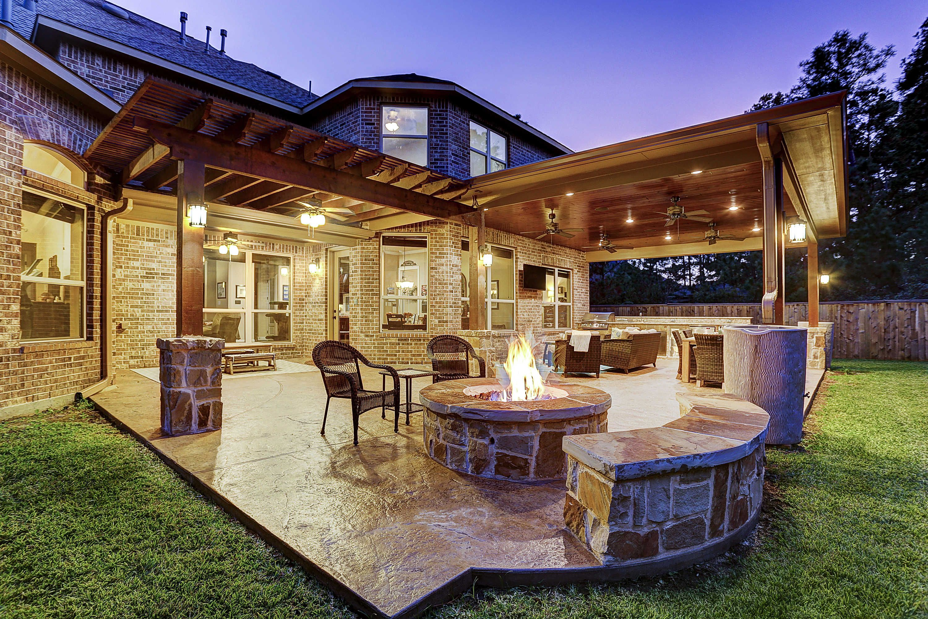 Outdoor Living Space In The Woodlands Patio Design Outdoor Living Blog Backyard Patio