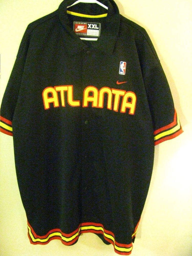 Nike Atlanta Hawks Throwback Warm Up Jacket Jersey Size XXL EUC NBA  Basketball  Nike  AtlantaHawks d660ce0e9