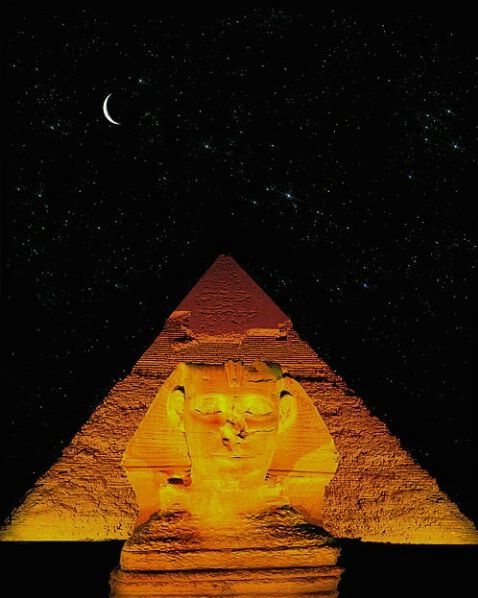 The Sphinx and the Great Pyramid, Giza, Egypt