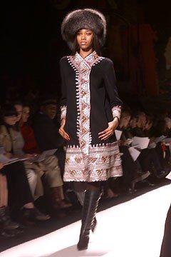 Oscar de la Renta Fall 2002 Ready-to-Wear Fashion Show - Oscar de la Renta, Jessica White