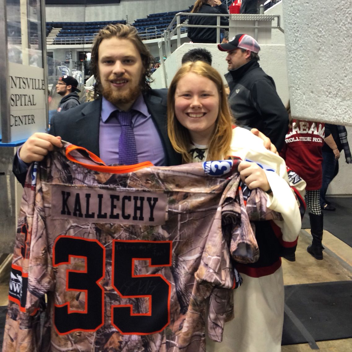I finally got a Jesse Kallechy jersey! I ve wanted one of his jerseys since  last season. ❤ He signed it and it says