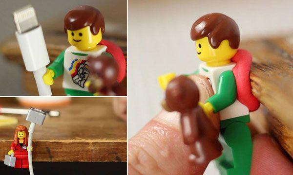 LEGO – Minifiguras viram suporte para cabos!