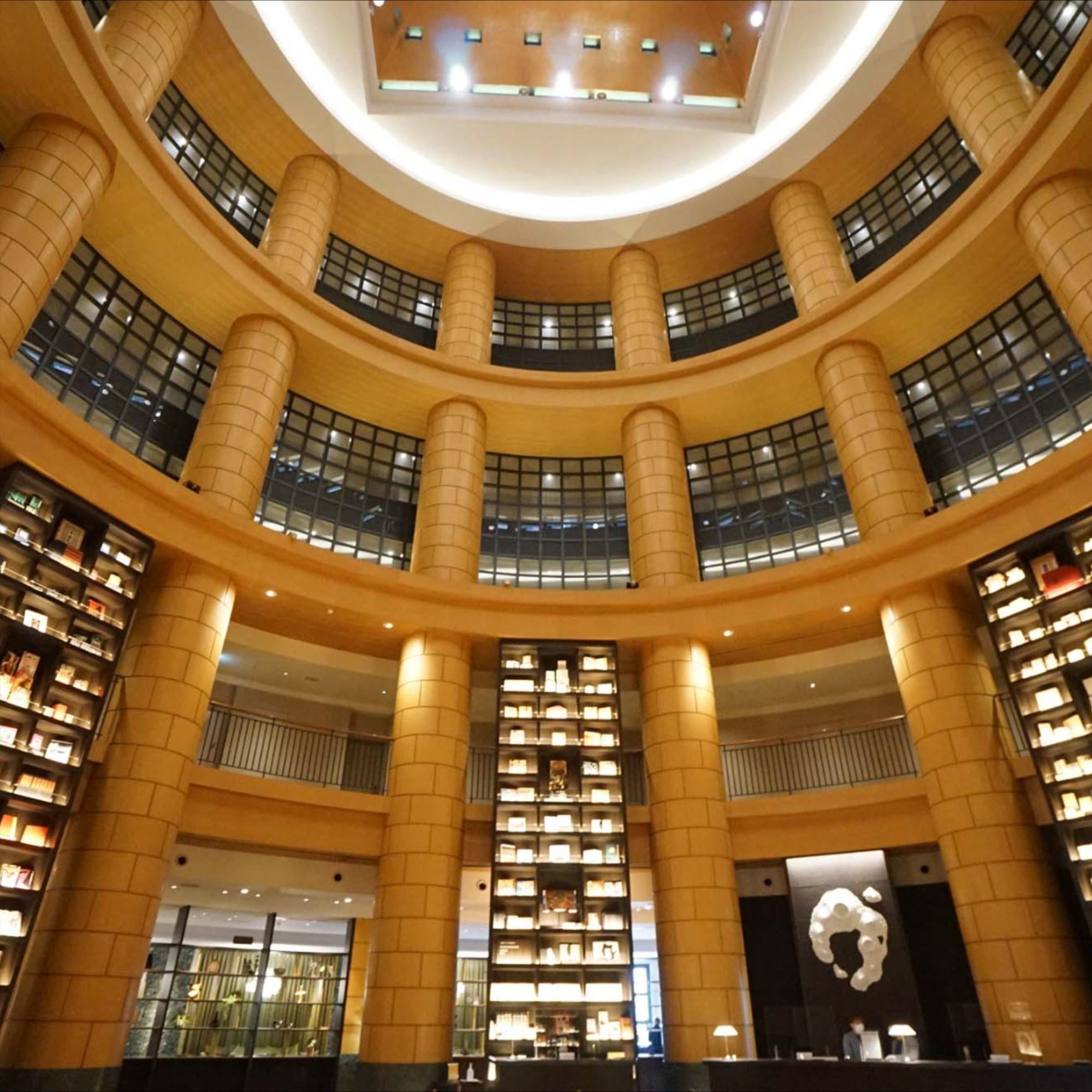 図書館に住む そんな夢を叶えるホテル暮らし The Basics Fukuoka 宿泊レビュー Goodroom Journal ホテル 暮らし 賃貸
