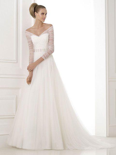 vestido de novia línea a escote ilusión manga tres cuartos strapless