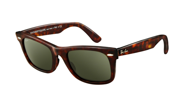 300d58d110 Cheap Ray Ban Wayfarer Sunglasses Tortoise Frame Crystal Green Lens on sale  in our store. The is the discount sale on our online Ray Ban UK