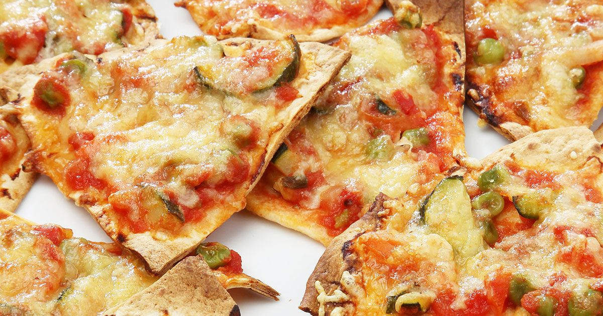 بيتزا بخبز التورتيلا Recipe Cooking Food Recipes