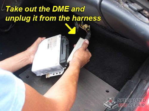 Porsche 944 disconnect DME from harness | porsche 944