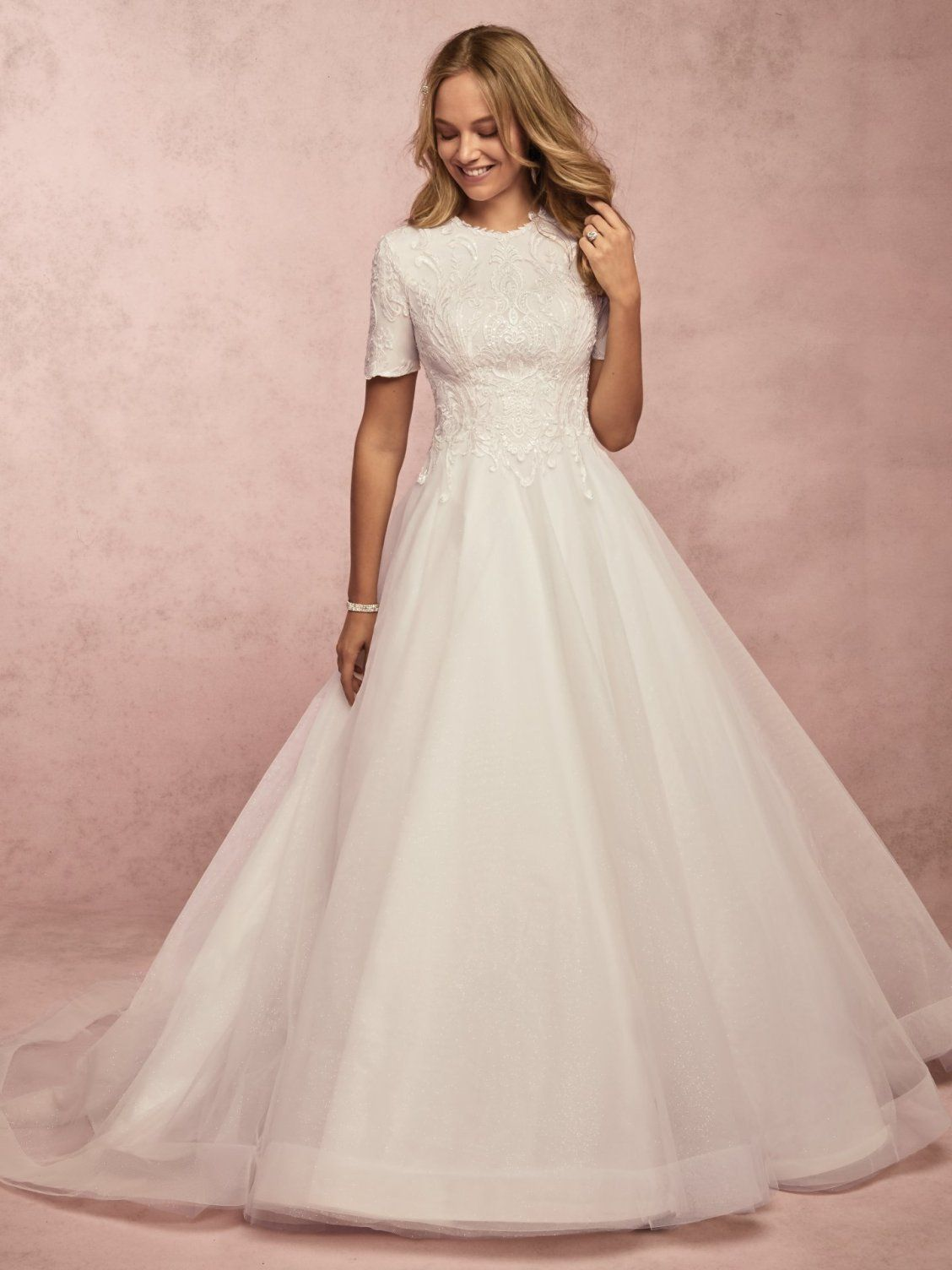 Ardelle Leigh By Rebecca Ingram Wedding Dresses Modest Bridal Gowns Wedding Dresses Lace Modest Wedding Gowns