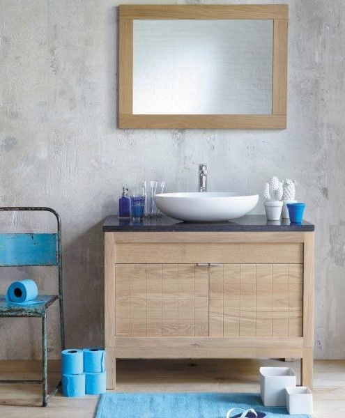 Ce meuble de salle de bain est en chêne massif Il est très moderne - meuble salle de bain en chene massif