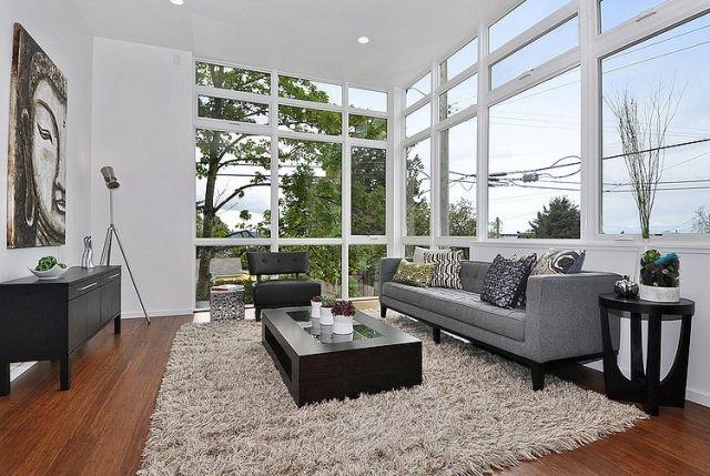 Wohnzimmer Raumhohe Fenster Moebel Grau Schwarz Holzboden