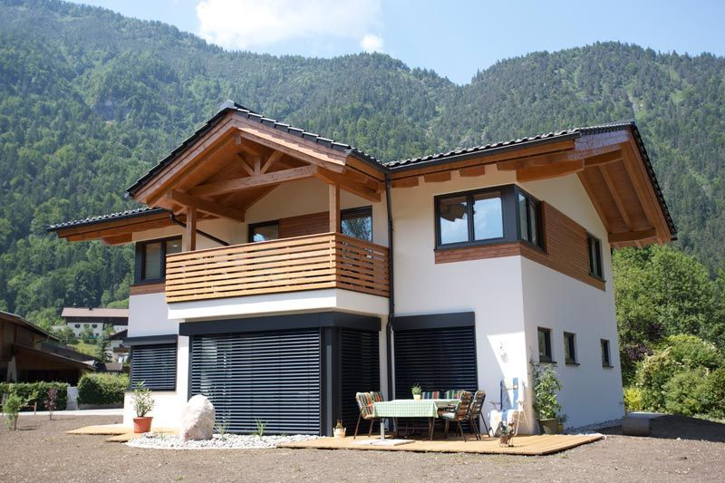 Traumhaus modern holz  Holzbau Herbst aus Unken, Salzburg steht für Holzhaus, Holzbau und ...