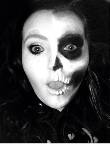 I did a Halloween look :)