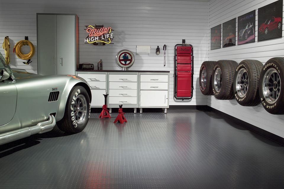 Garage Interior Design Ideas | L.I.H. 143 Garage Design | Pinterest ...