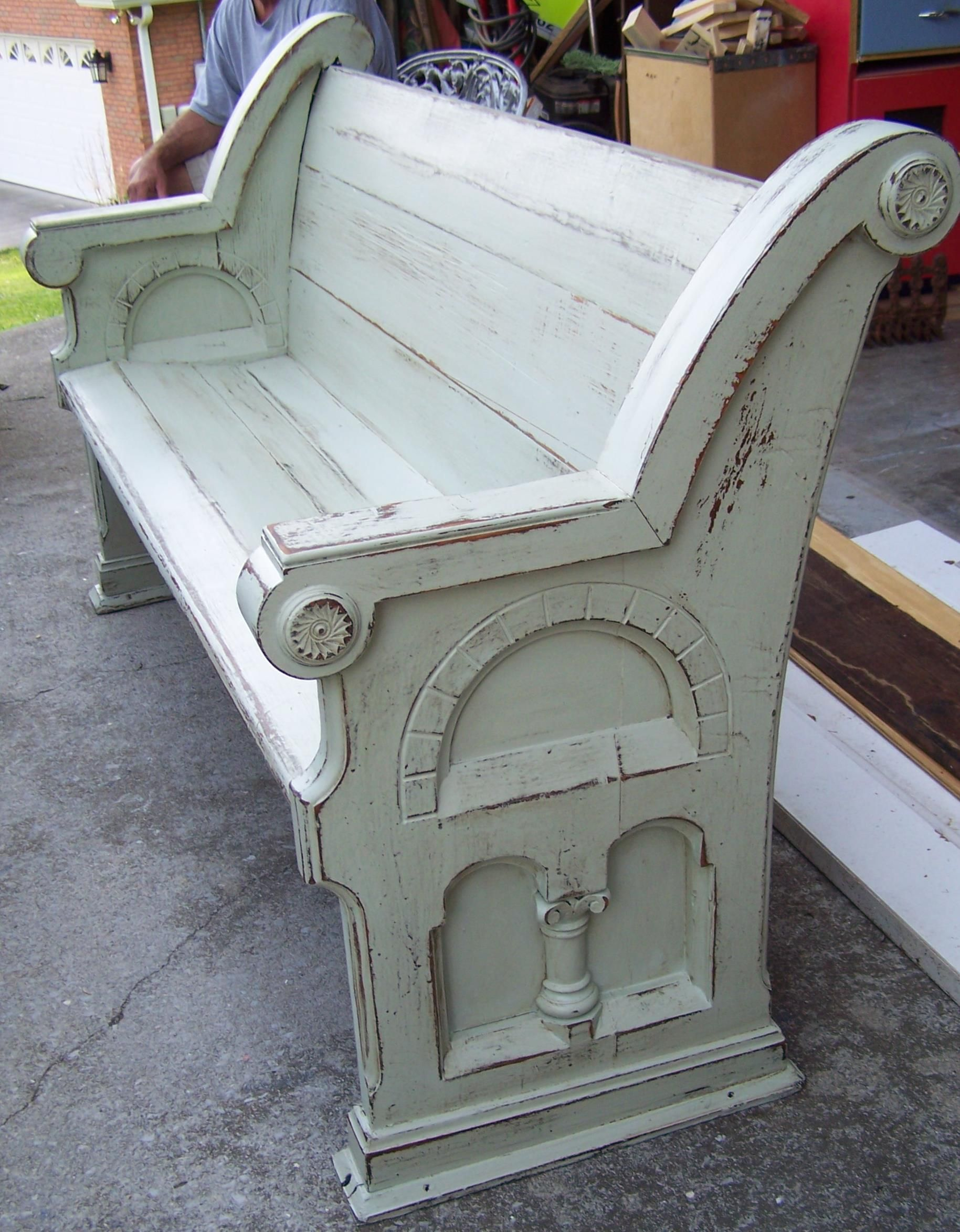 Old Pew relives in Sherwin Williams Oyster