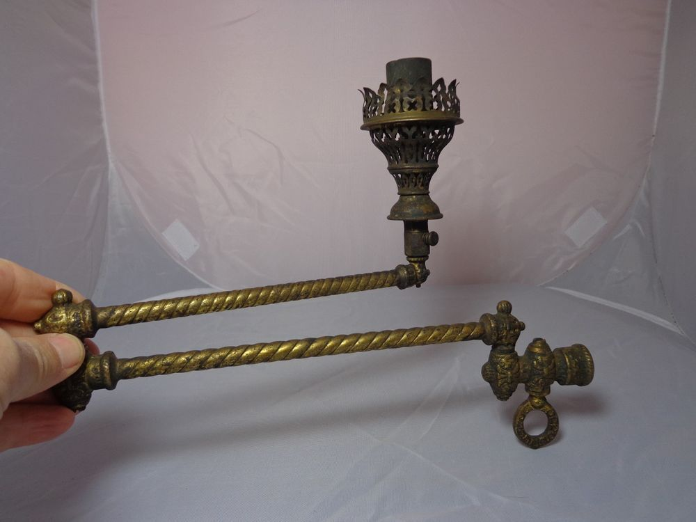 ANTIQUE BRASS DOUBLE SWIVEL ARM PIPE For GAS WALL LAMP