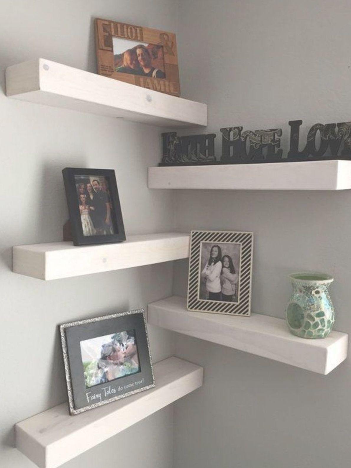 37 Captivating Diy Floating Shelves Living Room Decorating Ideas Decoracion De Esquina Decoracion De Estante Estante De Madera Flotante