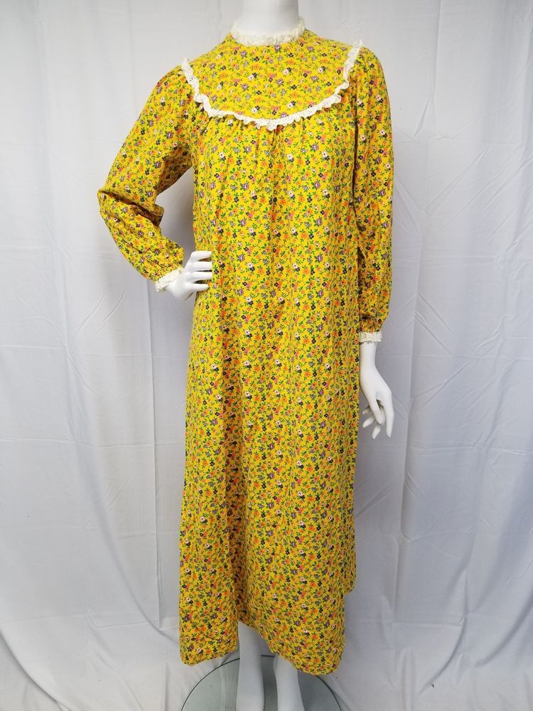 faef6a78fd Vtg LANZ OF SALZBURG Rare Yellow Floral Flannel Cotton Granny Gown  Nightgown S  LanzofSalzburg  Gowns