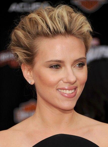 More Pics Of Scarlett Johansson Bobby Pinned Updo Hair In