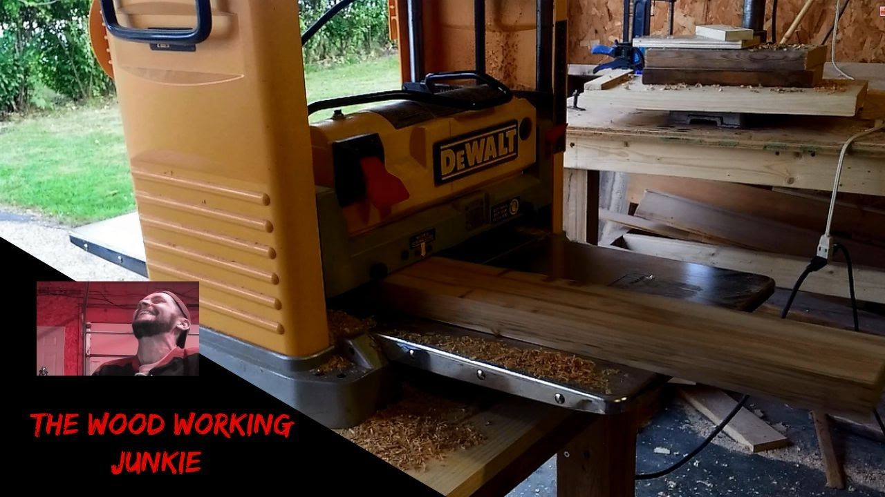 Dewalt portable thickness planer -knife rotate/change | The
