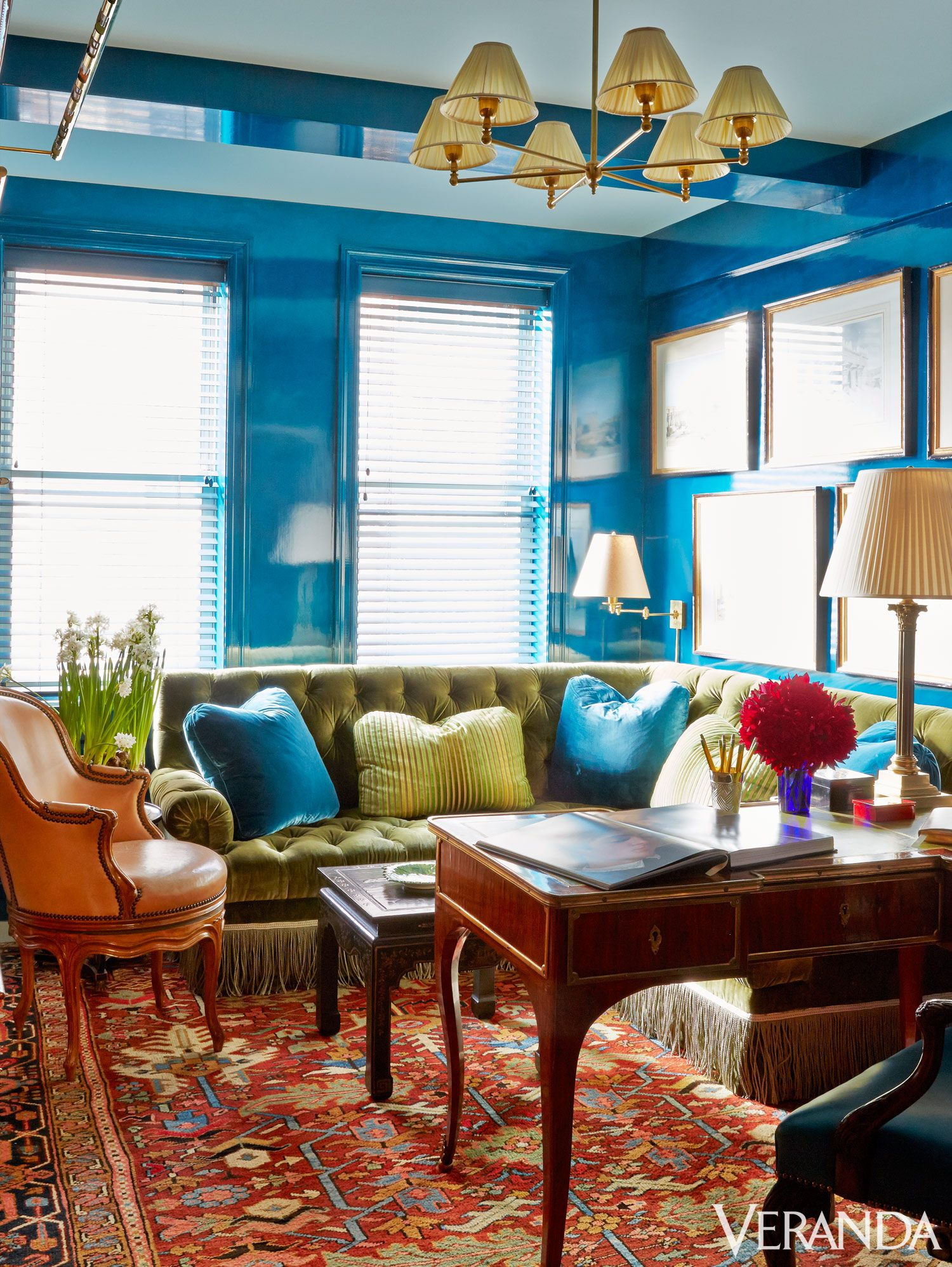 large sofa offers plenty of seating in the office bold new york city also veranda magazine verandamag on pinterest rh