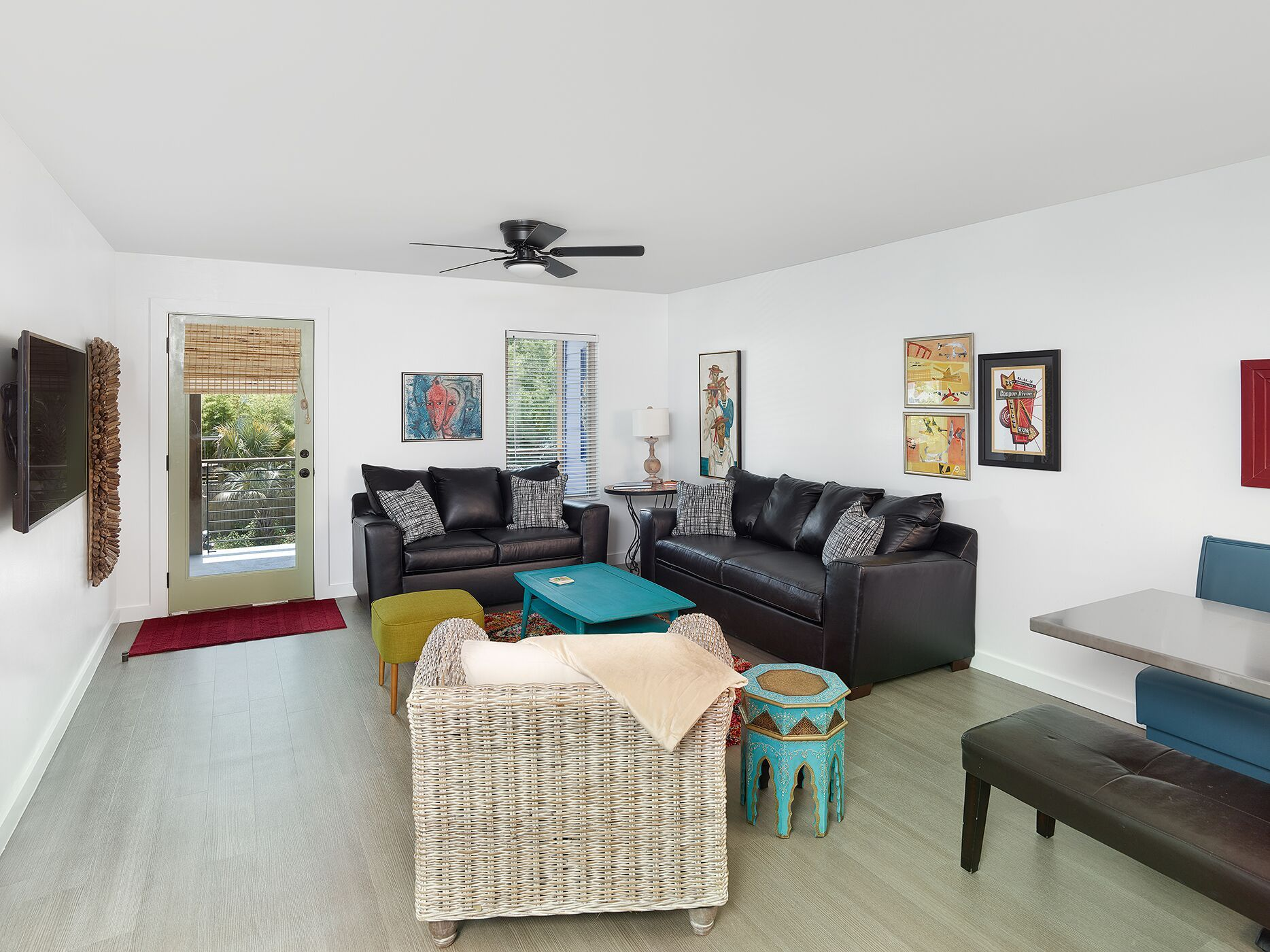 2 bedroom apartment in the heart of Folly Beach, SC