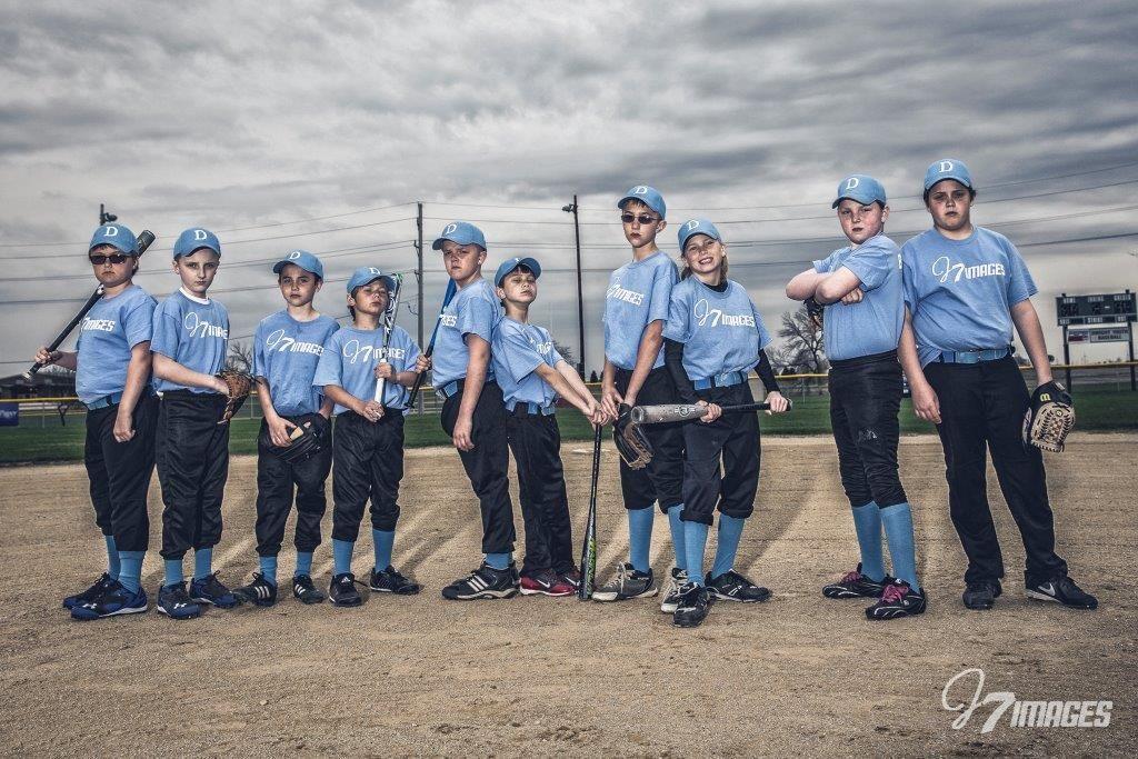 J7 Images Blue Bombers Baseball Team Team Photo Team Photos Baseball Team Sports Images