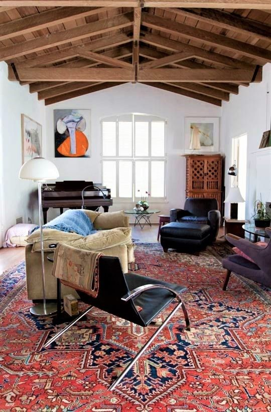 Farmhouse Interior Decor Red Rug Oriental Rugs Country House Living