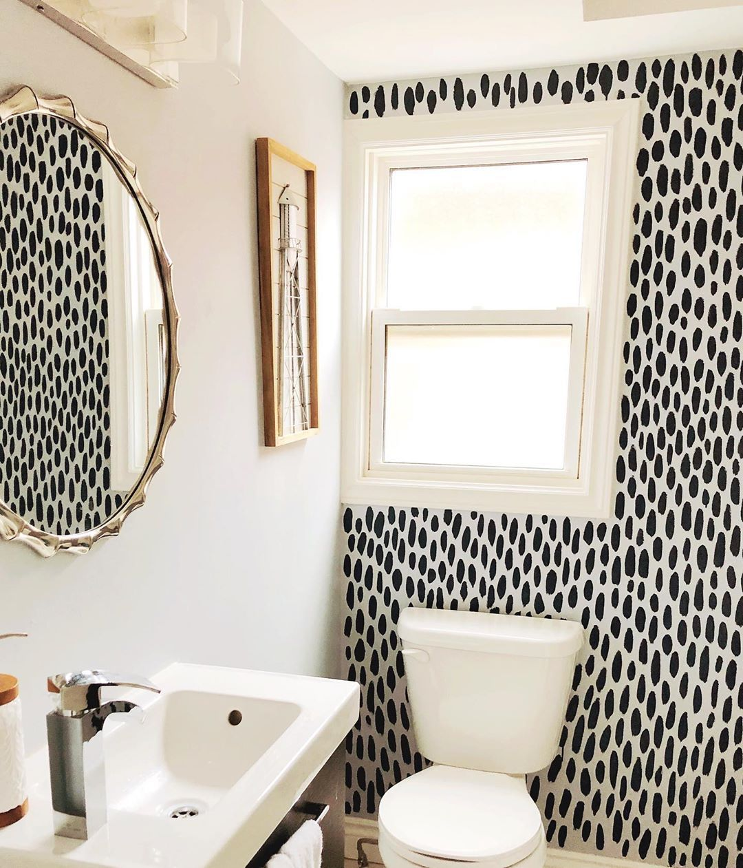 "Photo of Courtney Groen on Instagram: ""DIY Bathroom Accent Wall 》Swip 