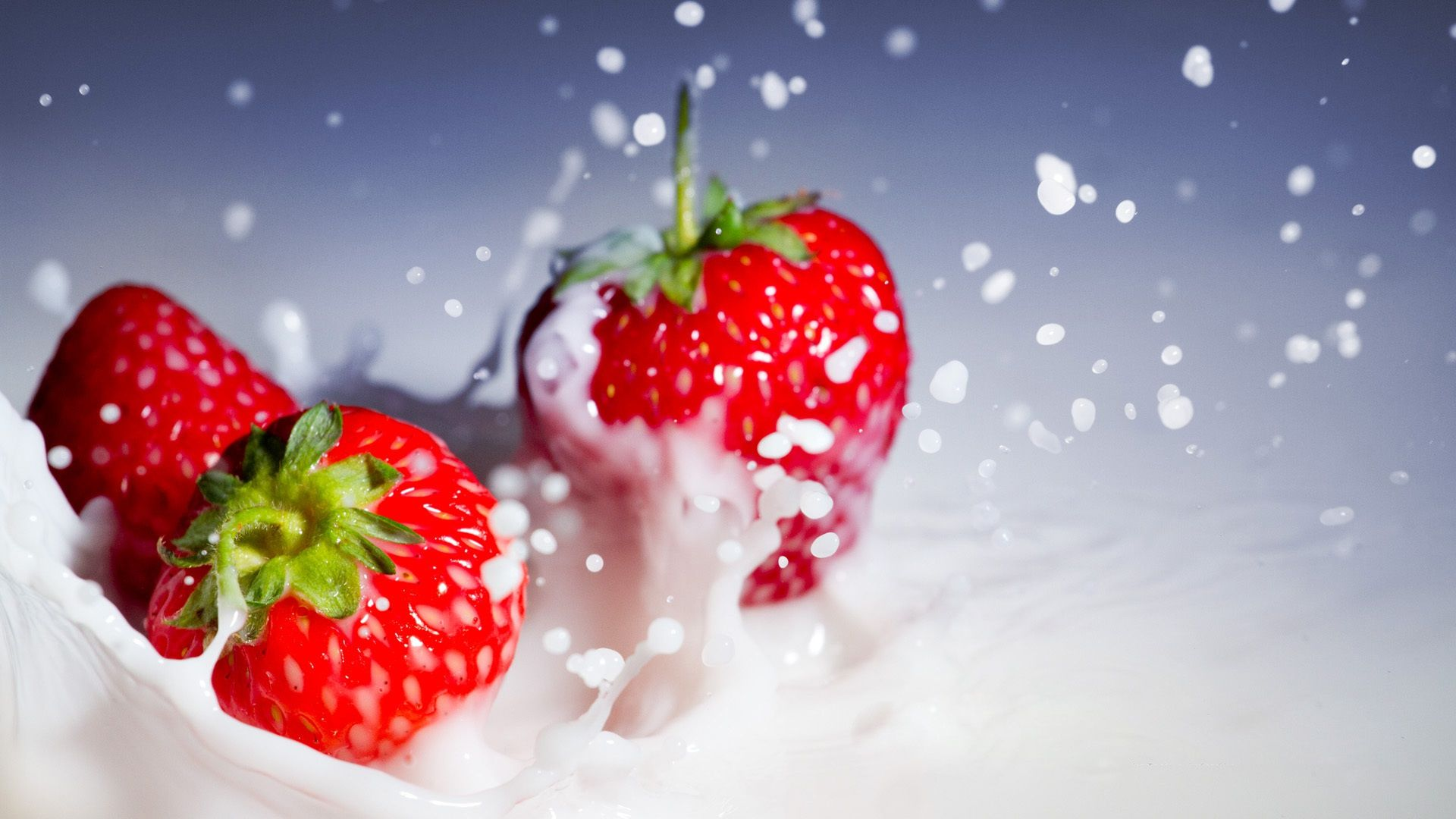 Free Download Beautiful Strawberry Hd Wallpaper Strawberry