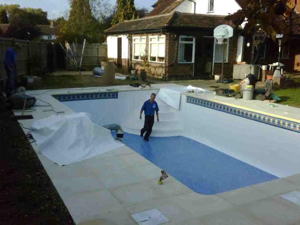 How Long Does it Take to Build a Swimming Pool? in 2020