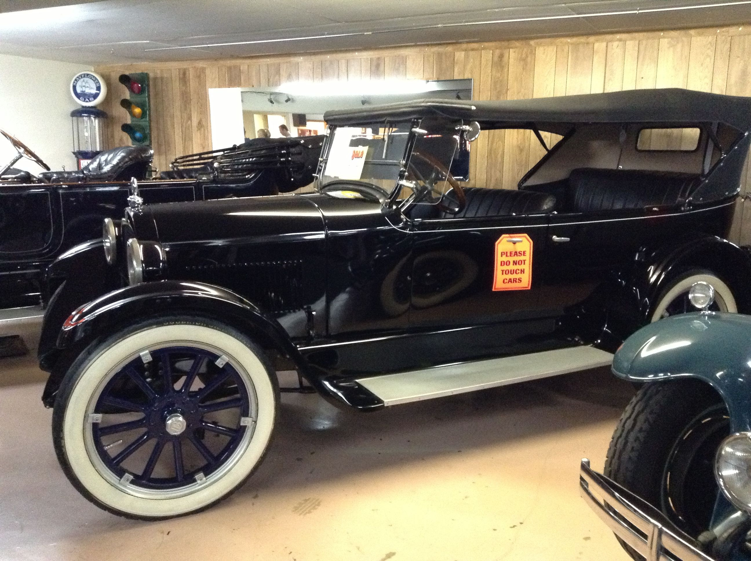 Antique car museum Volo Illinois | Cars... Ummm what more can I say ...