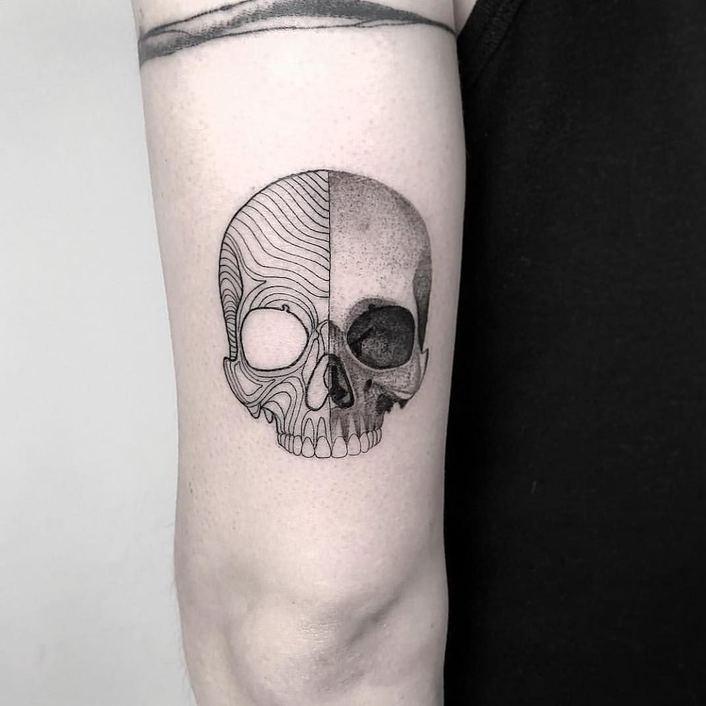 Perfect Skull By Iosep Iosep Ink Bookings Closed Minimalist Tattoo Tattoo Artists Tattoo Graphic