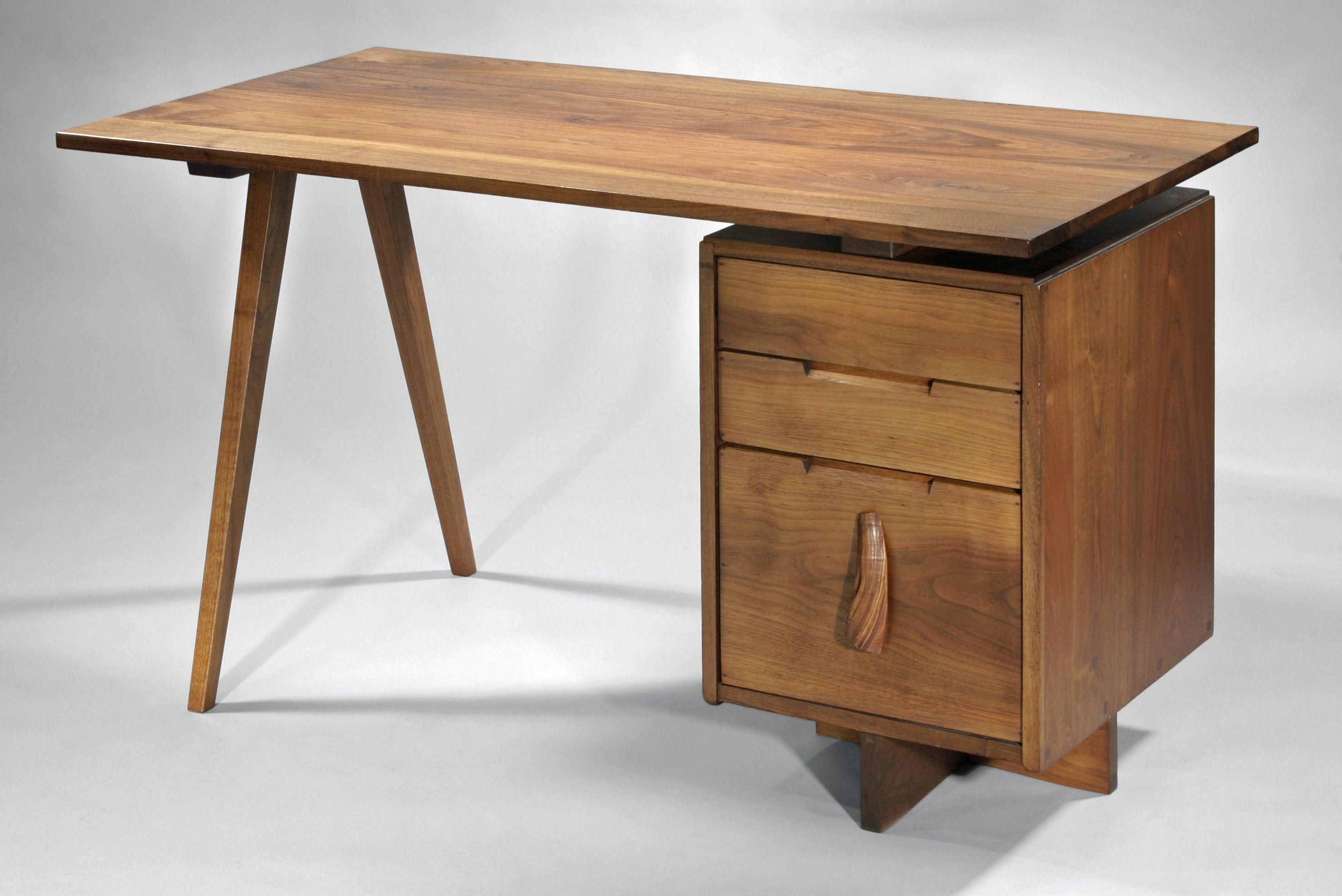 George Nakashima, Splayed Leg Desk