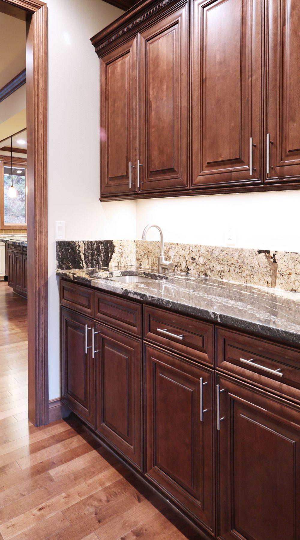 Chocolate Maple Glazed | Maple kitchen cabinets ...